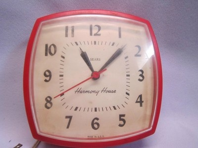 High Quality Vintage Red Sears Ingraham Kitchen Wall Clock Harmony House Made In USA