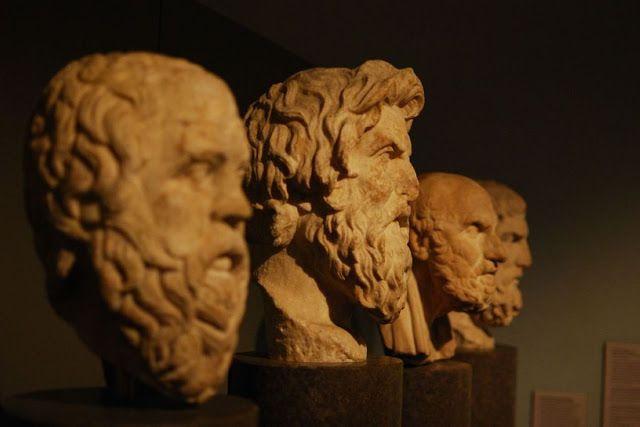 The Rooster: 10 μαθήματα ευτυχίας των αρχαίων Ελλήνων