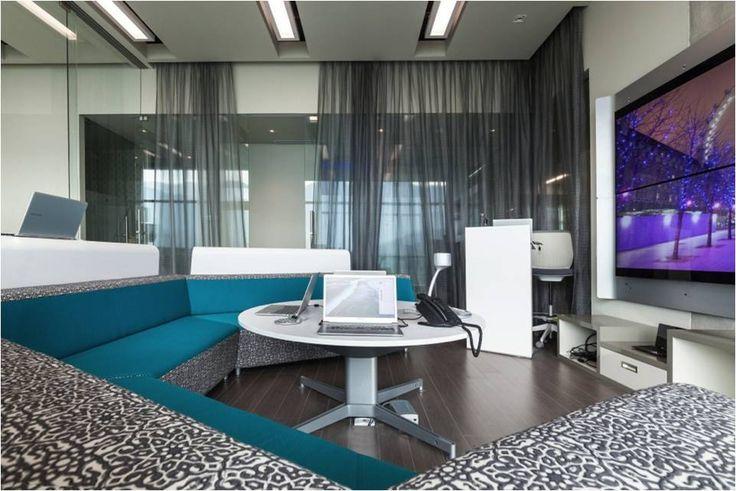 Busca imágenes de diseños de Salas multimedia estilo moderno}: Salas multimedia. Encuentra las mejores fotos para inspirarte y y crear el hogar de tus sueños.