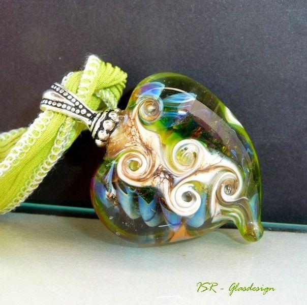 """""""Heart of hope"""" -Lampwork bead - Glasherz von ISR-Unikatschmuck und -perlen auf DaWanda.com"""