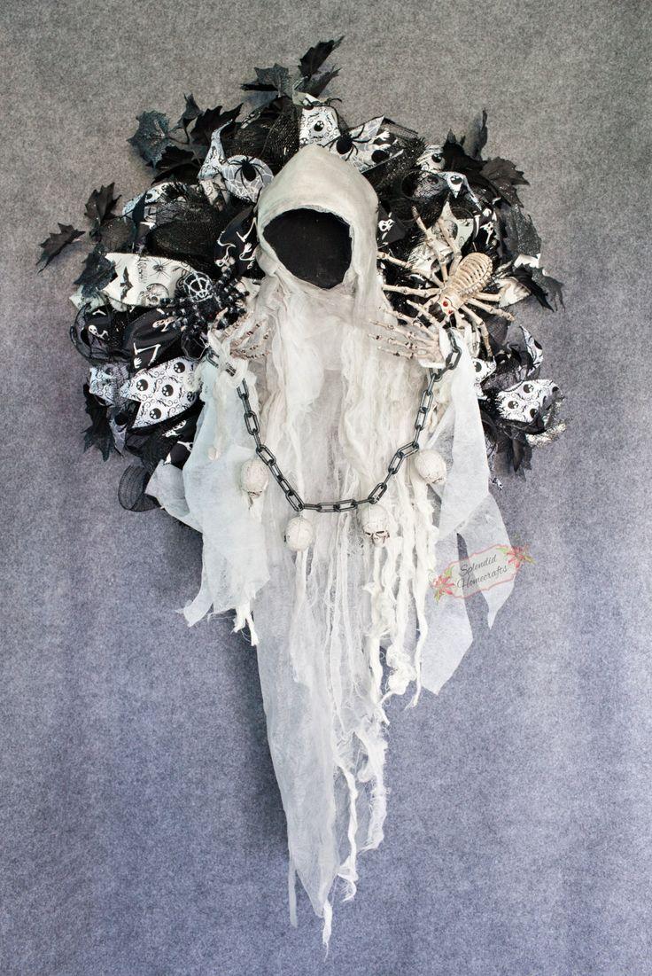 XL Animated Ghoul Wreath, Faceless Ghoul Wreath, Halloween Wreath, XL Halloween Mesh Wreath, Skeleton Wreath, Ghoul Wreath, by Splendid Homecrafts on Etsy