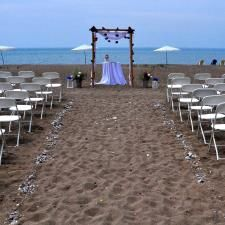 Intimate Wedding Venue in Bayfield Ontario - Private Beach Resort on Lake Huron…