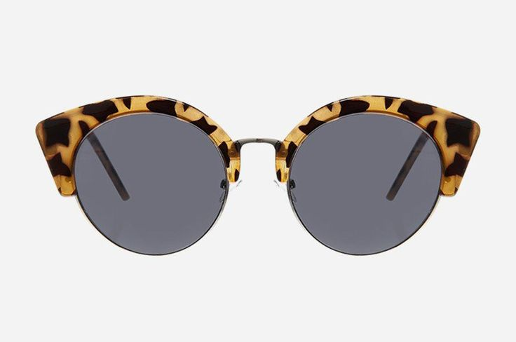 These Cheap Monday Expo Sunglasses are round with a thin metal frame circling the bottom, while a thicker plastic frames the top. The temples have the Cheap Monday skull logo as it approaches the frames, proving that chic can meet edgy and create an all-time classic must-have. http://www.zocko.com/z/JFF28