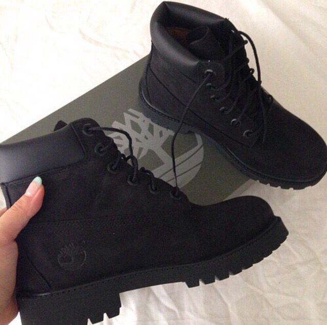 Black timberlands available at Masdings.com