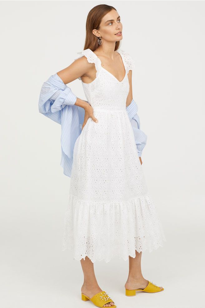 d07094871e731 Embroidered Dress in 2019 | Style Loves | White embroidered dress ...