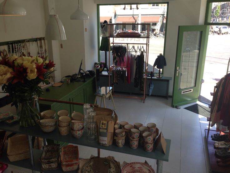VENTEN, unique second-hand and consignment store, with fantastic clothes, shoes, purses, accessories, and new  furniture. Everything a woman likes. • Ceintuurbaan 400, Amsterdam • www.venten.nu