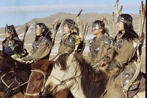 'Turkomongol' female warriors from the wild steppes of Central-Turan!