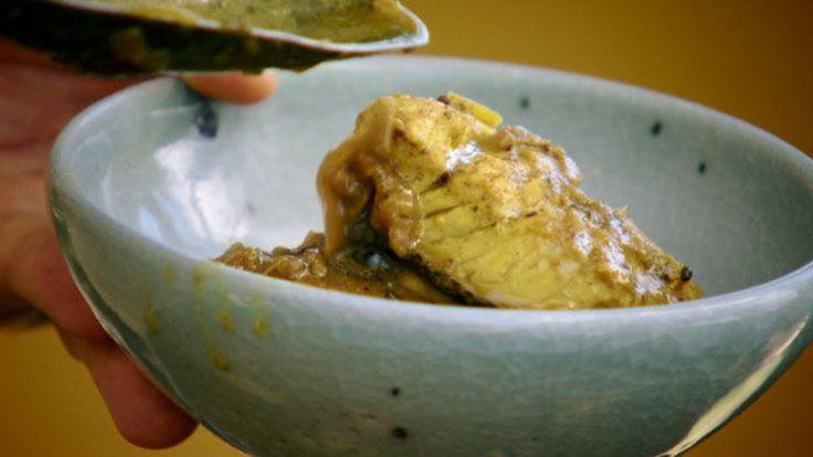 En klassisk fiskecurry fra Kerala med nydelige smaker fra India. Oppskrift fra TV-serien «Ei verd av krydder».