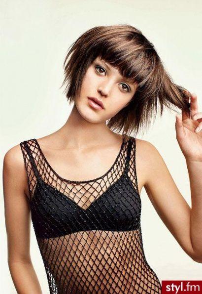 35 krótkich fryzur damskich, które zauroczą Was od pierwszego wejrzenia! - Strona 17