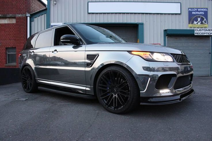 Brilliant #RangeRover SVR wrapped in black Chrome. Fantastic job by @wrappingmasters #MakeitStick #PaintisDead