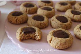 Aunque esta receta es relativamente nueva en mi recetario ( Revista GoodFood, mayo 16 ) estas galletas las he hecho tantas veces que...