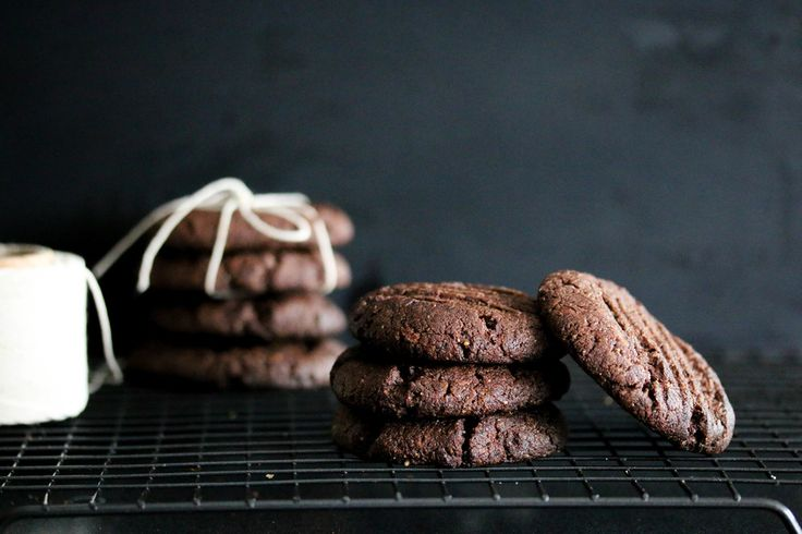 Low Carb (Keto) Cookies   These cookies are a delicious grain-free, dairy-free and sugar free chocolate fix created using almond butter and cacao.