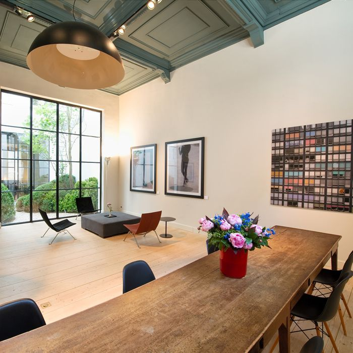 250 best antwerp images on pinterest antwerp belgium antwerp and conch fritters. Black Bedroom Furniture Sets. Home Design Ideas
