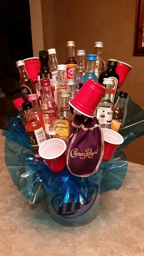 Mini liquor bottle bouquet