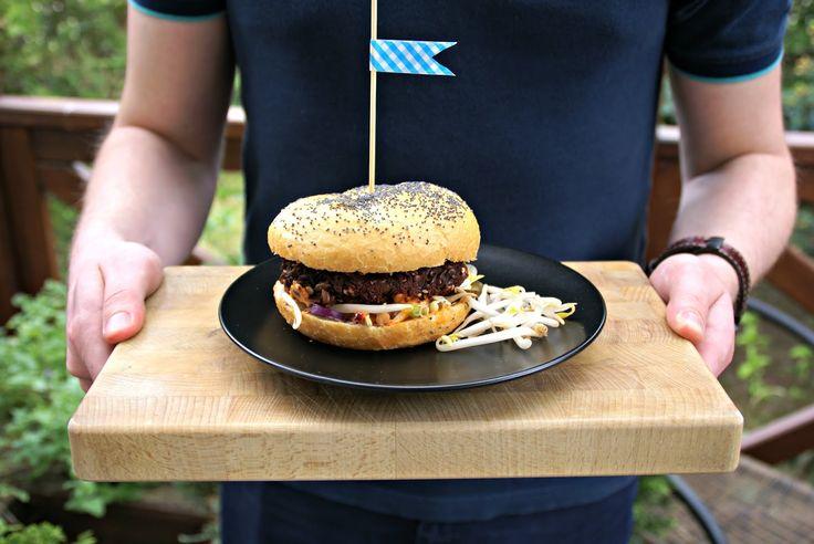 vegetarian burgers - beetroot burgery wegetariańskie burak