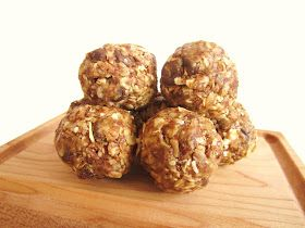 Creative Food: Oatmeal Energy Bites