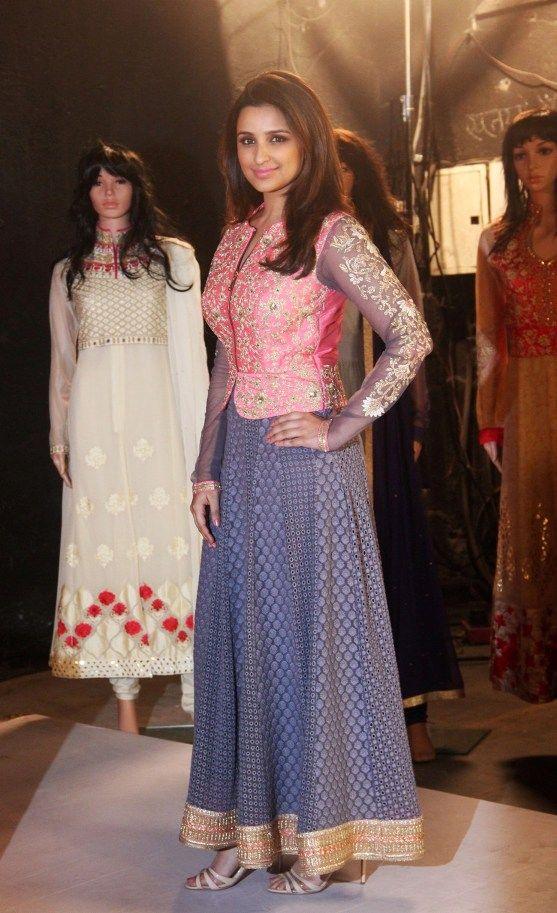 Actress Parineeti Chopra roped in as the first brand ambassador for Siya women's collection by Siyaram's http://www.indianshowbiz.com/?p=87328