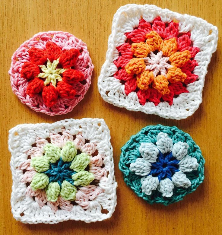 New project! Flower granny! Have a nice day to all! Who is my 1000th follower? 海外のサイトで見つけたお花のグラニーですコットンで何を編もうかとかなりパターンを探しましたがコットンが活かされないパターンばかりで気分も乗らず糸無駄にしてしまいましたこのパターンちょっとときめいてます#手芸 #編み物 #ハンドメイド #crochet #crocheting #granny #grannysquares #yarnaddict #garn #hækl #knitter #instacrochet #グラニー#モチーフ by yumi_taka2ki