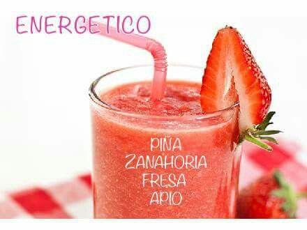 Energetico. Piña, zanahoria, fresa, apio