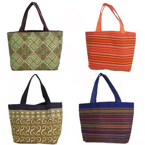 Tas Jinjing Bahan Batik dan Tenun Toraja   Harga Rp. 75.000