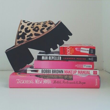 Let's kick it  #sofiadegrecia #fashion #style