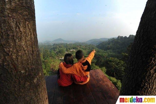 25 Gambar Pemandangan Orang Foto Menikmati Beragam Spot Pemandangan Alam Gunung Salak Download Foto Ini Pemandangan Rare Orang Ram Di 2020 Pemandangan Gambar Alam