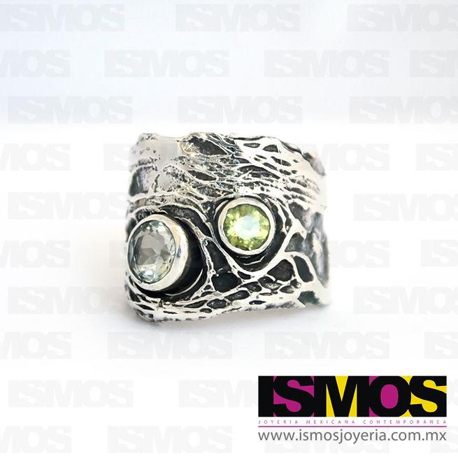 ISMOS Joyería: anillo de plata con cuarzo y peridoto // ISMOS Jewelry: silver, quartz and peridot ring