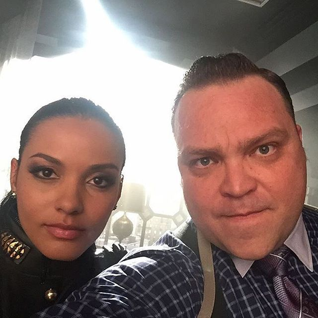 Butch  and Tabs  want their slice. : @realdrewpowell #Gotham #BehindTheScenes #SetLifegothamonfox