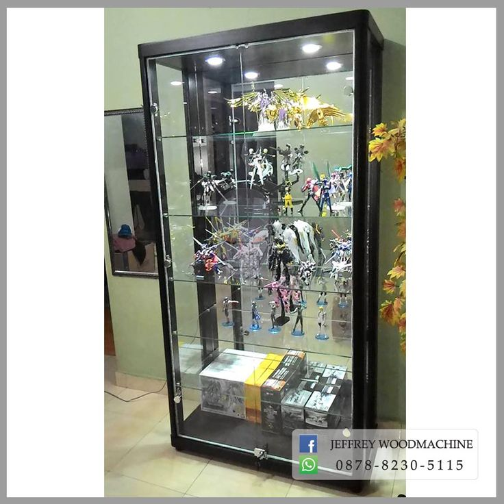 Gundam Action Figure Display Cabinet Show Case Collector