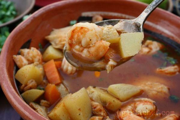 Caldo de Camaron y Pescado {#SundaySupper: Spice It Up} | www.girlichef.com