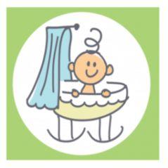 Geboortekaart vierluik met jongetje in verschillende posities. Vrolijke getekende kaartje met vier luikjes voor een pasgeboren jongen. Met daarop de baby die op leuke posities zit, in een wiegje of op de fiets bijvoorbeeld.