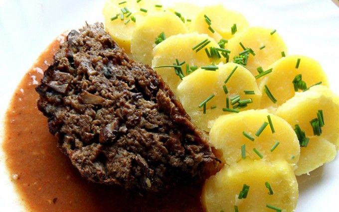 Houbová sekaná s bramborami | NejRecept.cz