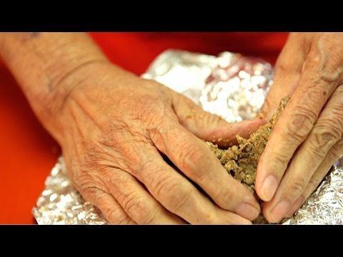 Cherokee National Treasure Edith Knight knows a lot about cooking. She shares the story of her youth, growing up and falling in love in the Cherokee Nation a...
