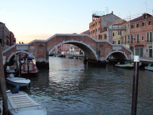 Ponte dei Tre Archi in Canaregio, Venice