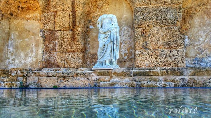 Perder la cabeza /  #Lose one's #head / #israel      #statue #art #old #symbol #water #watercolor #restoration #wealth #port #marketing #travel #travelphotography #photography #explorer #love #harbor #caesarea #remember #thoughts