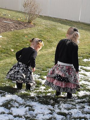 LOVE these bustle skirts by @Summer AndrusSkirts Tutorials, Girls Skirts, Beautiful Skirts, Gypsy Skirts, Sumo Sweets, Bustle Skirts, Tutorials Tuesday, Sweets Stuff, Bustle Back