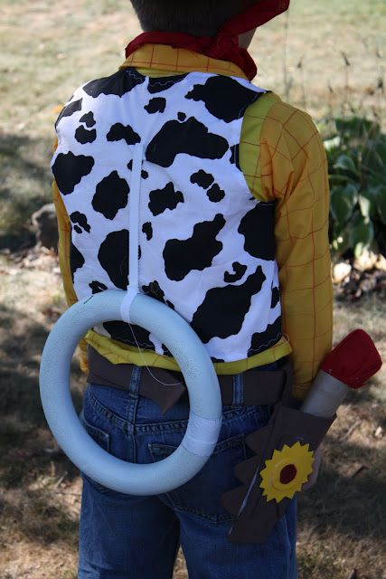 LOVE the idea of the pull string on the back for a Woody costume!