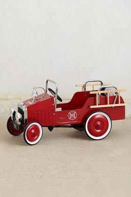 Fire Engine Pedal Car                                                                                                                                                                                 Mais