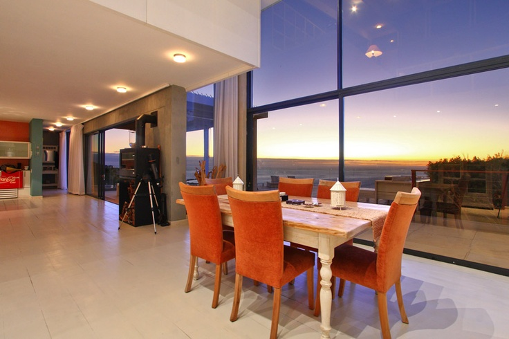 Dine whilst waitching the sunset