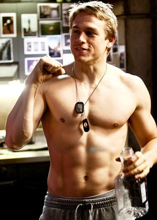 "50 Pictures Of Charlie Hunnam(article is actually titled ""50 Pictures of the"