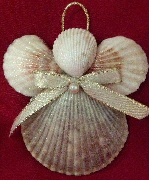 Pretty shell angels. Great for the kids to make from their collection of treasures!
