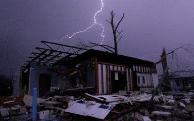 Latest news, USA Trends,News Hub: Texas Tornado kills seven as US storm death toll r...