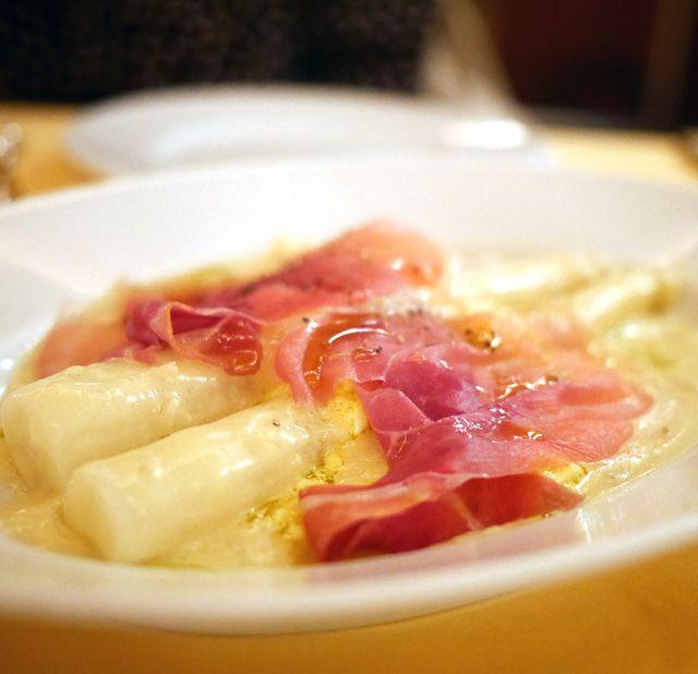 トラットリア ケ パッキア Trattoria Che Pacchia 麻布十番 イタリアン 食べログ 食べ物のアイデア 料理 イタリアン