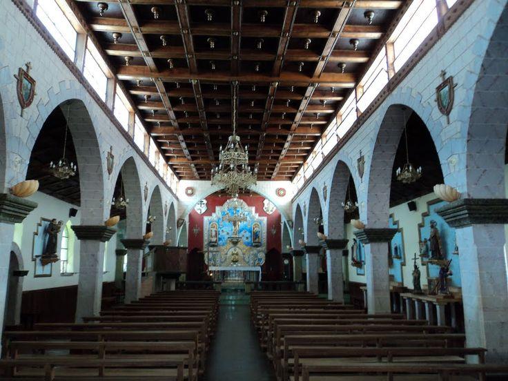 Interior de la Iglesia de Santa Elena de Uairén, La Gran Sabana.