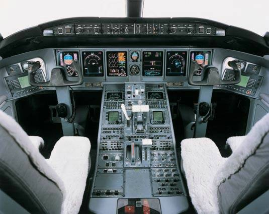 77 Best Images About AIRLINE COCKPITS On Pinterest  Photographs Airline Pil