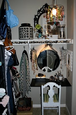 I need to do this in my closet. . .create a vanity and organize my makeup!