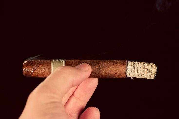 Edition One Cloud Hopper No. 53 Cigar Review & Rating.