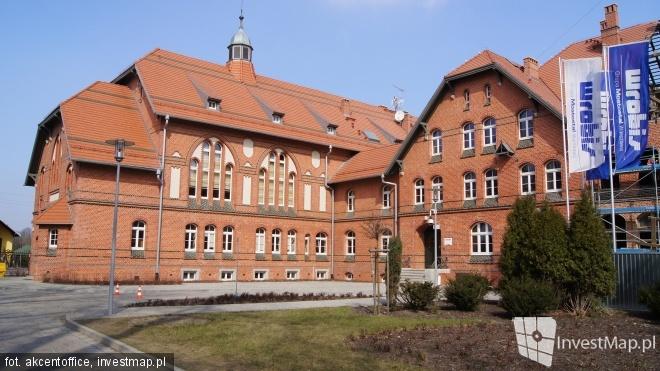 Wrocławski portal o inwestycjach investmap.pl przygotował galerię zdjęć z naszego Kampusu Pracze. Zapraszamy do fotograficznego spaceru po naszej malowniczej siedzibie.