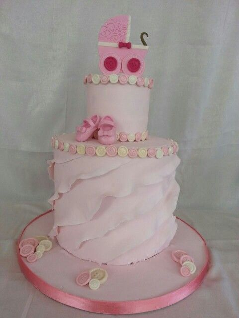 Baby shower cake made by cakelicious backery ( facebook)