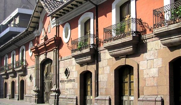 La Casa Colorada. Santiago, Chile